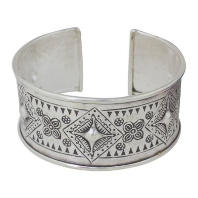 Artisan Crafted Silver Cuff Bracelet with Geometric Motif