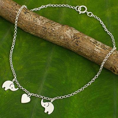 Sterling silver anklet, 'Elephant Romance' - Handcrafted Thai Sterling Silver Heart and Elephant Anklet