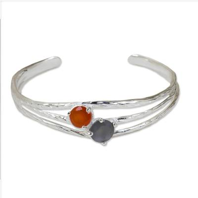 Silver 925 Bracelet Handcrafted with Carnelian and Moonstone