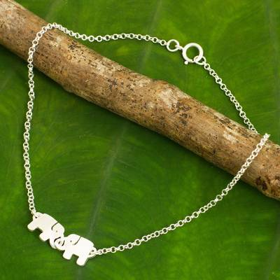 Sterling silver anklet, 'Elephant Friendship' - Thai Sterling Silver Anklet with a Twin Elephants Charm