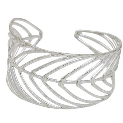Thai 925 Sterling Silver Cuff Bracelet in Leaf Motif