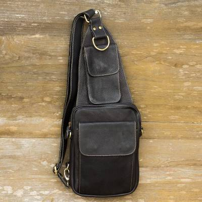 Leather cross-body sling bag, 'Nighttime Hike' - Black Leather Cross Body Sling Bag with 3 Pockets