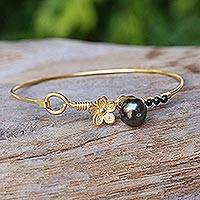 Gold plated cultured pearl and onyx bangle bracelet, 'Precious Sea' - Cultured Pearl and Onyx Gold Plated Floral Bracelet