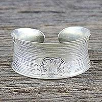 Sterling Silver Cuff Bracelet Lone Elephant (thailand)