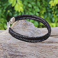 Leather bracelet, 'Going Steady in Black' - Hand Braided Black Leather Bracelet from Thailand