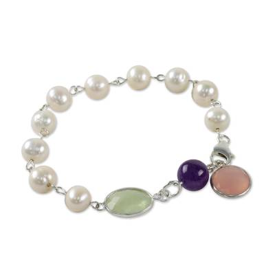 Cultured Pearl and Chalcedony Link Bracelet from Thailand
