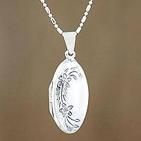 Sterling silver locket necklace Love Me (Thailand)