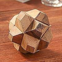Wood puzzle, 'Star Challenge' - Handcrafted Wood Star-Shaped Puzzle from Thailand