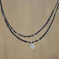 Agate pendant necklace,