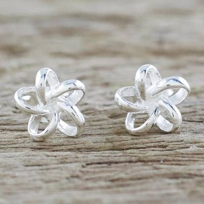 Sterling silver stud earrings, 'Floral Delicacy' - Handcrafted Thai Sterling Silver Floral Stud Earrings