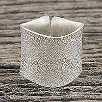 Sterling silver wrap ring, 'Frosty Beauty' - Sterling Silver Wrap Ring from Thai Hill Tribes