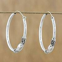 Sterling silver hoop earrings, 'Cool Rounds' - Gleaming Sterling Silver Hoop Earrings from Thailand