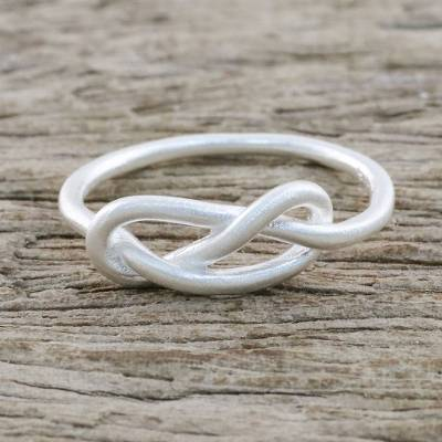 Sterling Silver Cocktail Mid-Finger Ring from Thailand