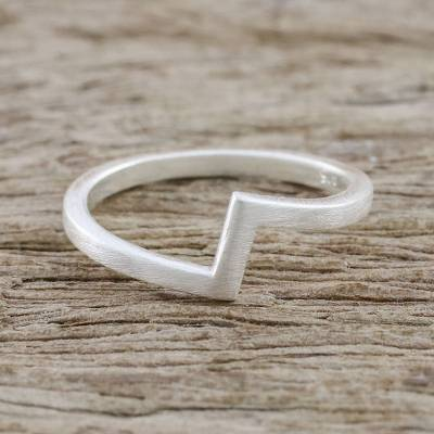 Sterling silver mid-finger ring, 'Chic Design' - Artisan Crafted 925 Silver Mid-Finger Ring from Thailand