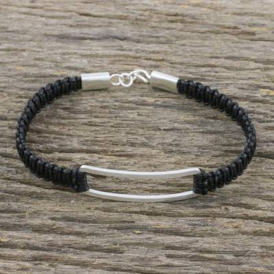 Sterling silver pendant bracelet, 'Open Window in Black' - Unisex Leather Macrame and Sterling Pendant Bracelet