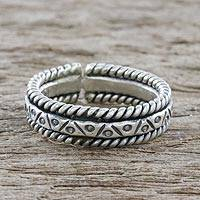 Sterling silver wrap ring, 'Lanna Bliss' - Handmade Sterling Silver Wrap Ring from Thailand