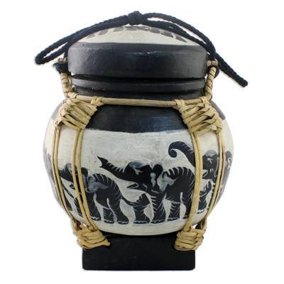 Elephant Jar in Beige and Black from Thailand