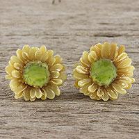 Natural flower stud earrings,