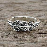 Marcasite pave ring, 'Starry Leaf' - Sterling Silver Marcasite Single Olive Leaf Pave Ring