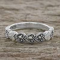 Marcasite band ring, 'Galaxy Hearts' - Sterling Silver Galaxy Hearts Faceted Marcasite Band Ring