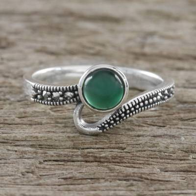 Sterling Silver Marcasite and Green Onyx Cocktail Ring