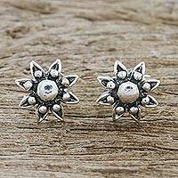 Sterling silver stud earrings, 'Flower Gleam' - Floral Sterling Silver Stud Earrings from Thailand