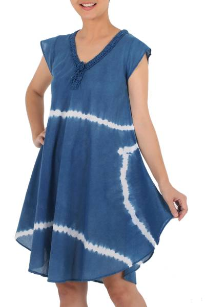 Tie-dyed cotton short sleeve dress, 'Sprite' - Denim Blue White Stripe Tie-Dye Cap Sleeve Cotton Dress