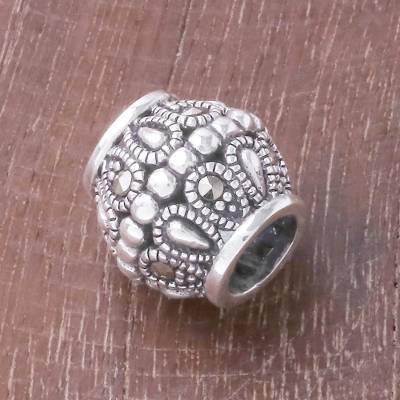 Sterling silver bracelet bead, 'Elegant Gleam' - Sterling Silver and Marcasite Bracelet Bead from Thailand