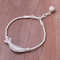 Silver beaded pendant bracelet, 'Karen Fishing' - Fish-Themed Karen Silver Beaded Pendant Bracelet