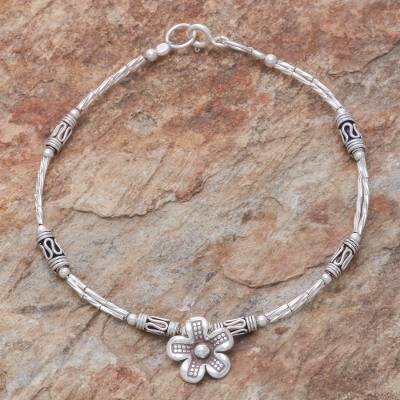 Silver beaded pendant bracelet, 'Life of a Flower' - Floral Hill Tribe Silver Beaded Pendant Bracelet