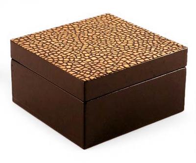 Eggshell mosaic box