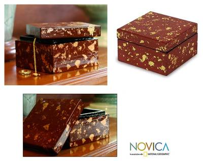 Lacquered wood jewelry box, 'Golden Land' - Lacquered wood jewelry box