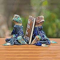 Wood bookends, 'Turtles Like to Read'