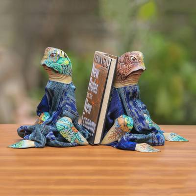 Wood bookends, 'Turtles Like to Read' - Handmade Wood Turtles Bookends