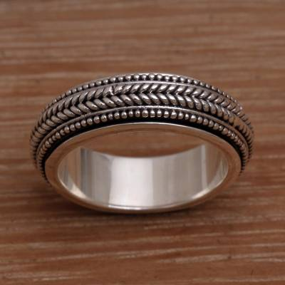 Mens sterling silver spinner ring, Welcome