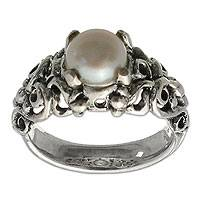 Pearl cocktail solitaire ring, 'Majesty' - Hand Made Sterling Silver and Pearl Ring