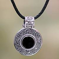 Onyx pendant necklace, 'Midnight Beauty'