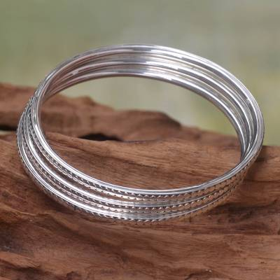 Sterling silver bangle bracelets, 'Moon Silver' (set of 3) - Sterling Silver Bangle Bracelets (Set of 3)
