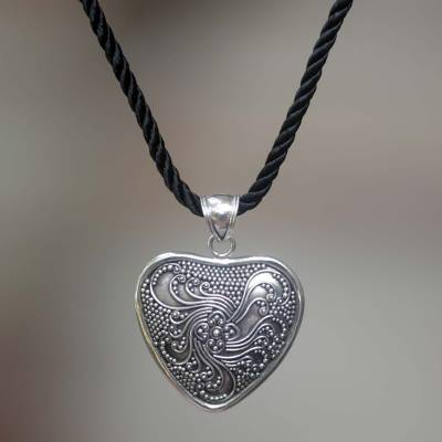 Sterling silver heart necklace, 'Flowery Heart' - Hand Crafted Floral Sterling Silver Necklace