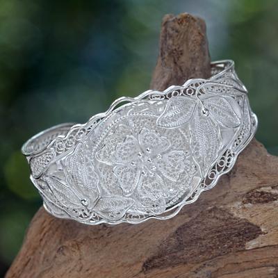 Sterling silver cuff bracelet, 'Filigree Wild Rose' - Women's Floral Filigree Sterling Silver Bracelet