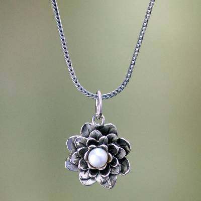 Pearl pendant necklace, 'Sacred White Lotus' - Sterling Silver and Pearl Pendant Necklace