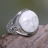 Cow bone ring, 'Face of the Moon' - Women's Moon Face Cocktail Ring of Sterling Silver and Bone