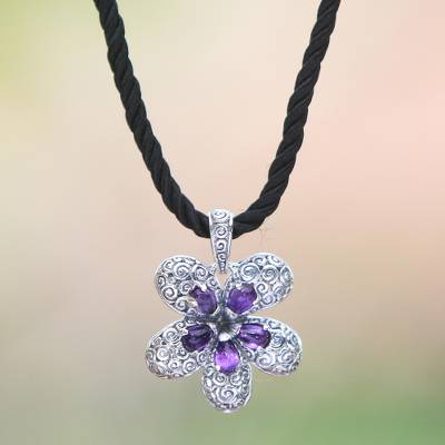 Amethyst pendant necklace, 'Plumeria' - Sterling silver choker