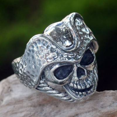 Men's sterling silver ring, 'Monarch Skull' - Men's Indonesian Sterling Silver Skull Ring