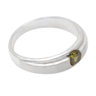 Peridot solitaire ring, 'Honeymoon' - Peridot solitaire ring