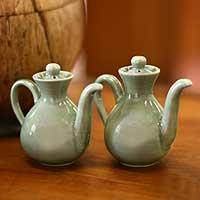 Ceramic oil and vinegar set, 'Jade Minimalism' (pair) - Ceramic oil and vinegar set (Pair)