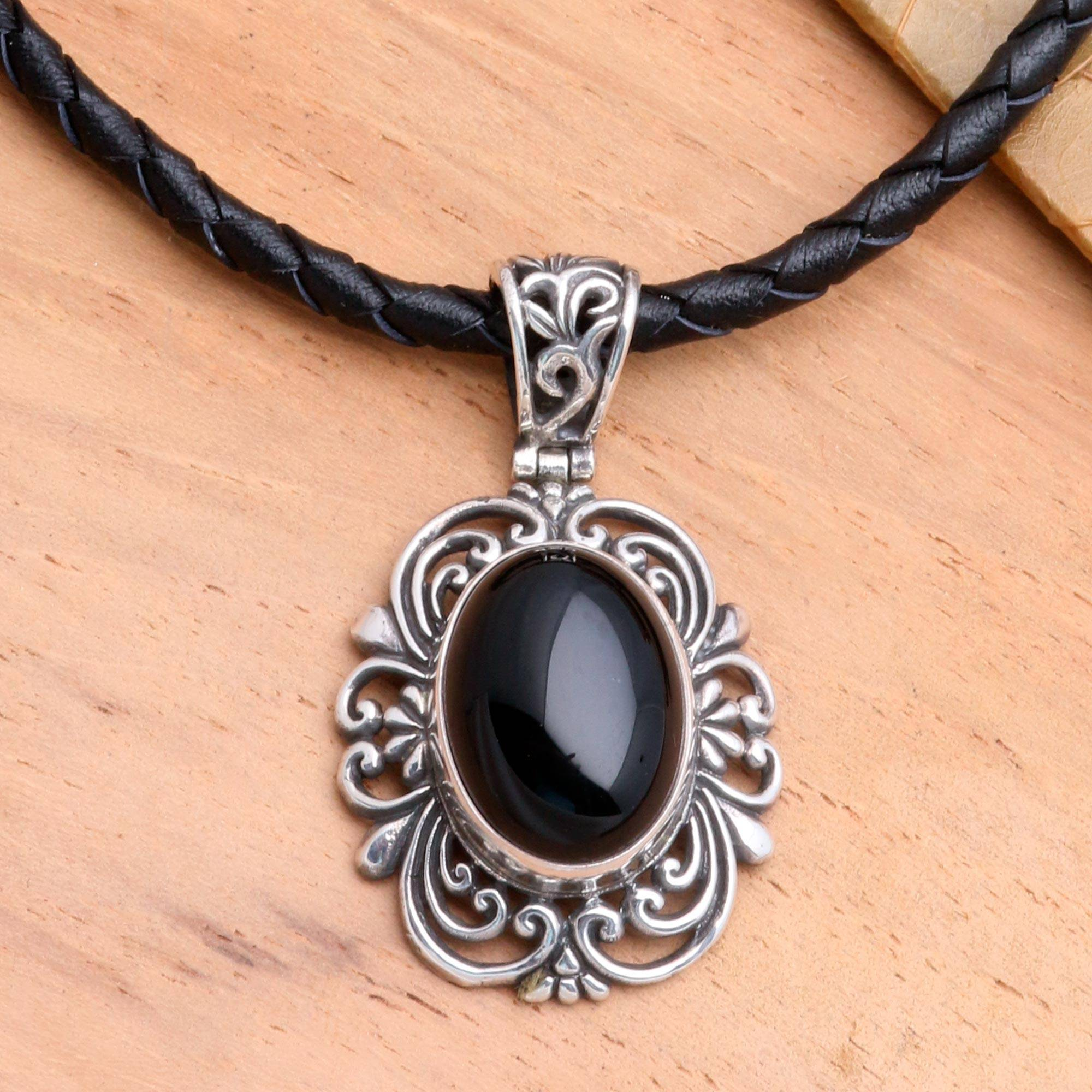 Silver chain jewellery - Sterling Silver and Onyx Necklace from Indonesia