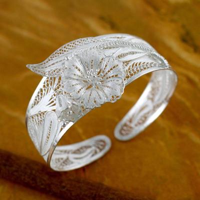 Sterling silver cuff bracelet, 'Jasmine Perfection' - Floral Sterling Silver Cuff Bracelet