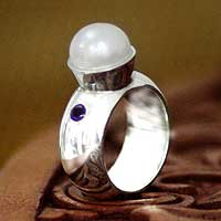 Cultured pearl and amethyst cocktail ring, 'Moonlight' - Cultured pearl and amethyst cocktail ring