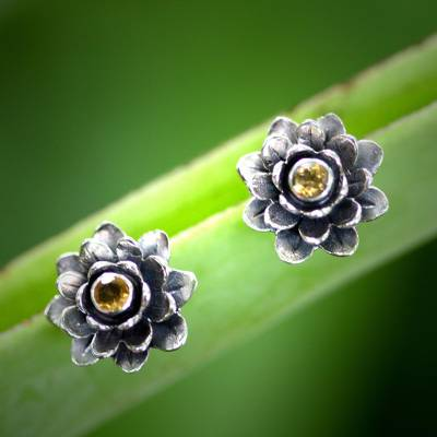 Citrine flower earrings, 'Golden-Eyed Lotus' - Floral Citrine Sterling Silver Button Earrings